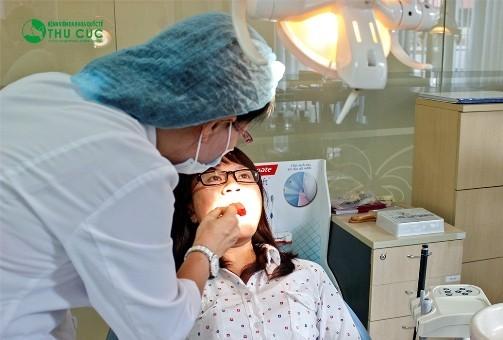 Tại khoa Răng hàm mặt - Bệnh viện Thu Cúc, bệnh hôi miệng sẽ được các nha sĩ giỏi điều trị hiệu quả.
