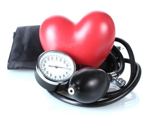 Việc phát hiện và chẩn đoán cao huyết áp sớm gặp nhiều khó khăn vì bệnh tiến triển chậm và hầu như không gây ra bất cứ triệu chứng nào