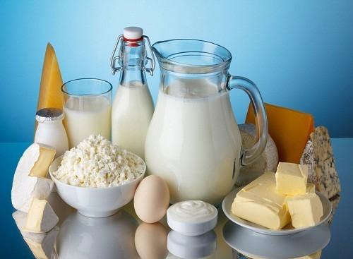 Với những trường hợp có sỏi phosphat thì nên hạn chế (không kiêng hẳn) sữa và các sản phẩm từ sữa (phomai, sữa chua…)