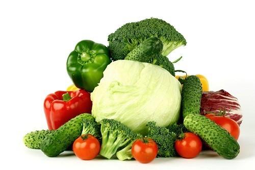 Các loại thực phẩm như bánh mì từ ngũ cốc nguyên hạt, rau và đậu là nguồn cung cấp chất xơ rất tốt cho người bệnh sỏi thận sau phẫu thuật.
