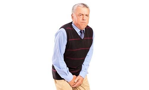 Tiểu nhiều lần, tiểu không tự chủ là dấu hiệu thường gặp của bệnh phì đại tuyến tiền liệt.