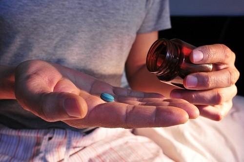 Tất cả các loại thuốc ngủ đều có rủi ro tiềm năng, bao gồm cả nguy cơ lệ thuộc vào thuốc.
