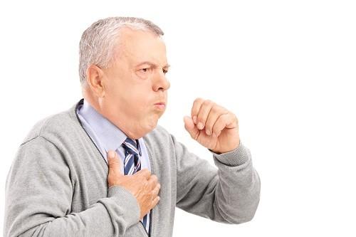 Ho kéo dài 5 ngày hoặc hơn có thể là triệu chứng viêm phế quản cấp tính.