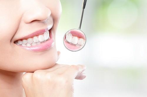 Việc tìm hiểu các kiến thức để chăm sóc và bảo vệ cho hàm răng luôn chắc khỏe là vô cùng quan trọng.