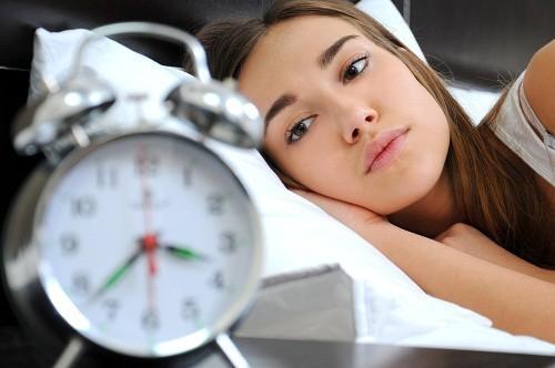 Có hai loại mất ngủ: mất ngủ nguyên phát và mất ngủ thứ phát.