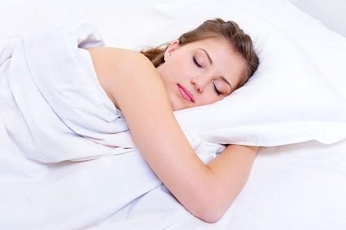 Thói quen ngủ tốt sẽ giúp chúng ta có một giấc ngủ ngon và ngăn chặn tình trạng mất ngủ.