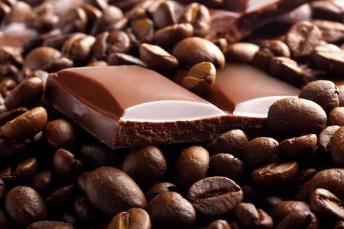 Caffein trong cà phê, sô cô la... không làm tăng chỉ số IQ nhưng có thể giúp chúng ta linh hoạt và tập trung hơn.
