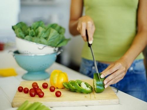 Để tốt cho bộ não: chế độ ăn cần cân bằng và đa dạng các chất dinh dưỡng.