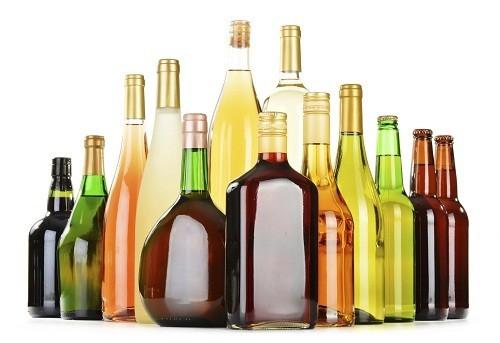 Rượu là một chất lợi tiểu, dẫn tới việc đi tiểu nhiều hơn.