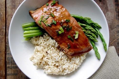 Ăn cá 1-2 lần một tuần cũng có thể làm giảm nguy cơ mất trí nhớ