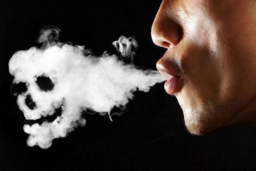 Để phòng tránh viêm xoang, nên tránh tiếp xúc với chất kích thích, chẳng hạn như khói thuốc lá hoặc mùi hóa chất mạnh.