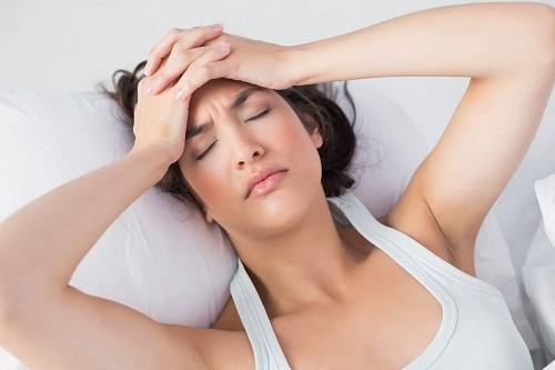 Căng thẳng, đặc biệt là mạn tính, có thể khiến khiến cảm cúm hoặc cảm lạnh kéo dài, dẫn tới ho liên tục.
