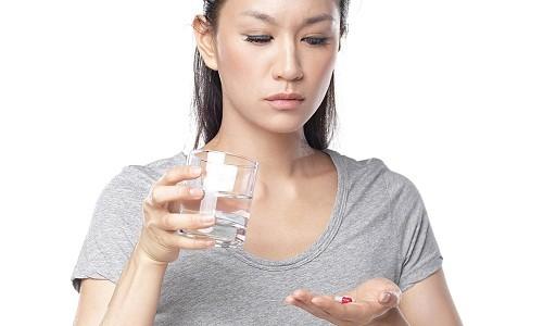Aspirin, ibuprofen, naproxen là những loại thuốc giảm đau, hạn chế sự xuất hiện của những cơn chuột rút.