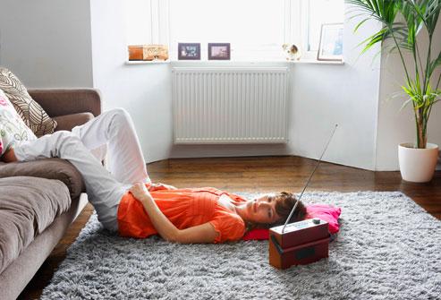 Nghỉ ngơi là một trong những biện pháp đơn giản giúp chữa lành bong gân và căng cơ.