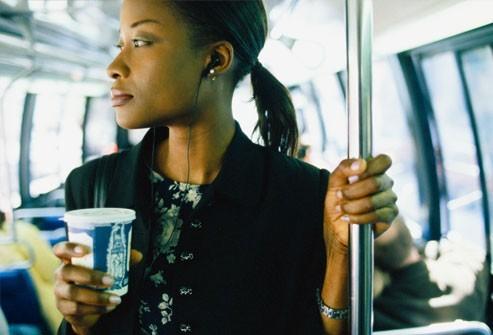 Nghiên cứu cho thấy tiêu thụ quá nhiều caffeine thực sự gây mệt mỏi ở một số người.