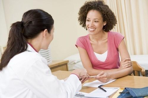 Theo lời khuyên của các bác sĩ phụ nữ không nên thụt rửa âm đạo thường xuyên.