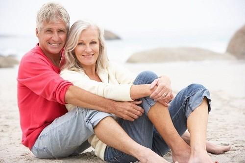 Thời kỳ mãn kinh gây ra những thay đổi nội tiết tố, có thể ảnh hưởng đến sự cân bằng của nấm men hoặc vi khuẩn trong âm đạo, gây ra nhiễm nấm âm đạo.