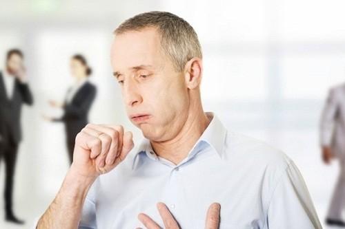 Thông thường ho do suyễn tồi tệ nhất là vào ban đêm hoặc khi thức dậy.