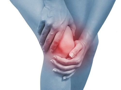 Phẫu thuật là một trong những phương pháp điều trị chính được áp dụng cho các trường hợp bị đứt dây chằng chéo khớp gối.
