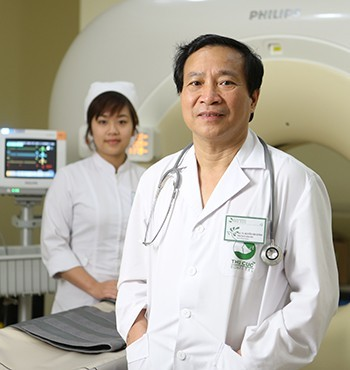 Đại tá, PGS.TS, BSCK II Nội chung, Thầy thuốc nhân dân Nguyễn Văn Quýnh