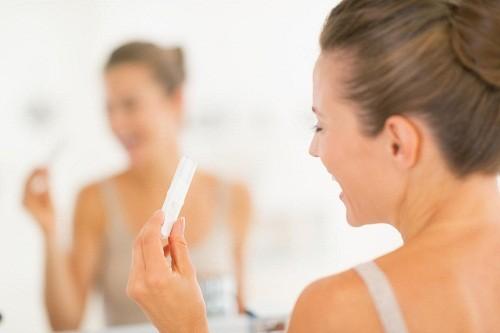 Chửa ngoài dạ con hay thai ngoài tử cung là tình trạng thai không nằm trong lòng tử cung mà nằm ở những vị trí khác bên ngoài tử cung, thường gặp nhất là ở vòi trứng.