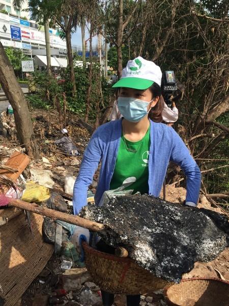 BV Thu Cúc cùng James bảo vệ môi trường