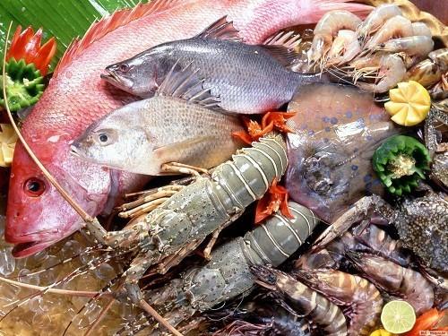 Kẽm có nhiều trong thịt, hải sản, thịt gia cầm sẫm màu, sữa và các loại đậu.