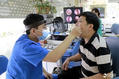 Nhiều người tìm đến chuyên khoa Tai mũi họng - Bệnh viện Thu Cúc để được bác sĩ trực tiếp thăm khám và tư vấn điều trị