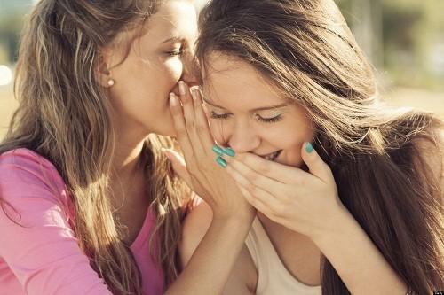 Nếu mất tiếng là do viêm thanh quản, người bệnh nên hạn chế sử dụng giọng nói, tránh nói thầm.