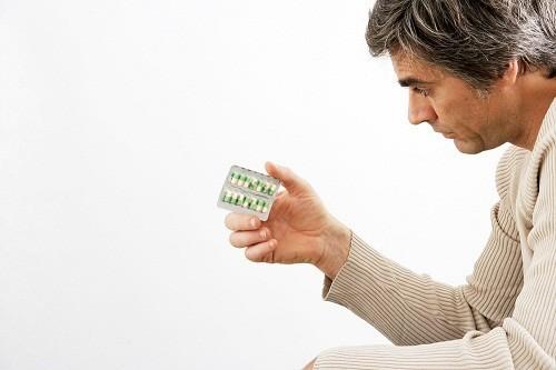 Bác sĩ cũng có thể đề nghị người bệnh thử các loại thuốc khác nhau hoặc thay đổi liều lượng loại thuốc đang dùng nếu các triệu chứng không đáp ứng với điều trị.