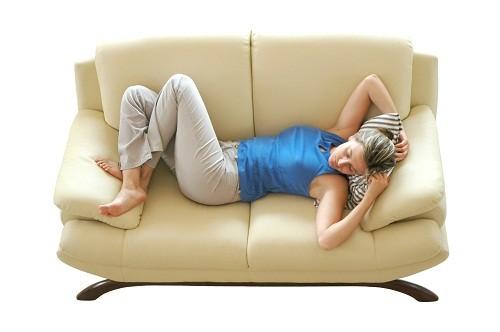 Người bệnh nên dành thời gian nghỉ ngơi và tránh các hoạt động thể chất đòi hỏi nhiều sức lực khoảng 7 ngày.
