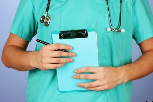 Việc điều trị sỏi niệu quản tùy thuộc vào vị trí và kích thước của sỏi.