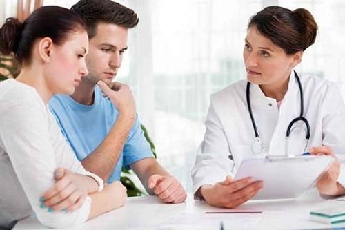 Tùy vào nguyên nhân và mức độ bệnh cụ thể mà bác sĩ sẽ tư vấn phương pháp hỗ trợ điều trị tắc vòi trứng phù hợp