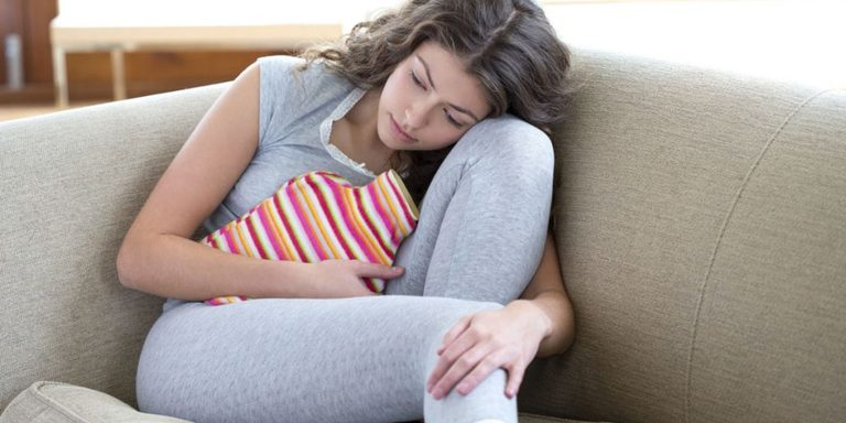 Xuất huyết nang buồng trứng là tình trạng thường gặp và không đáng lo ngại lắm với sức khỏe chị em