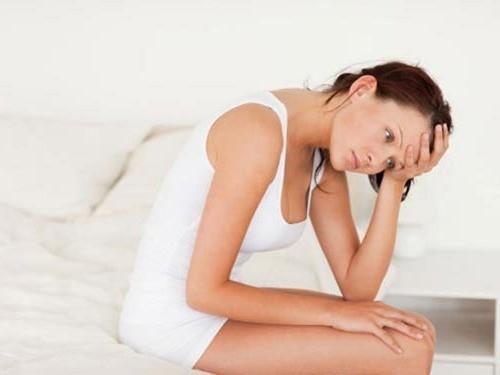 Ngứa vùng kín và đau bụng dưới là biểu hiện của nhiều bệnh lý phụ khoa khác nhau.