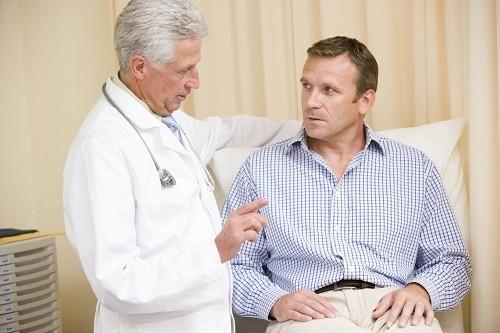 Viêm tinh hoàn là tình trạng viêm một hoặc cả hai bên tinh hoàn.