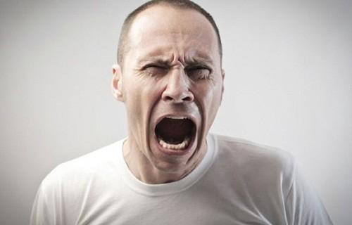 Bệnh trĩ gây cảm giác khó chịu, ảnh hưởng xấu tới sức khỏe nên người bệnh
