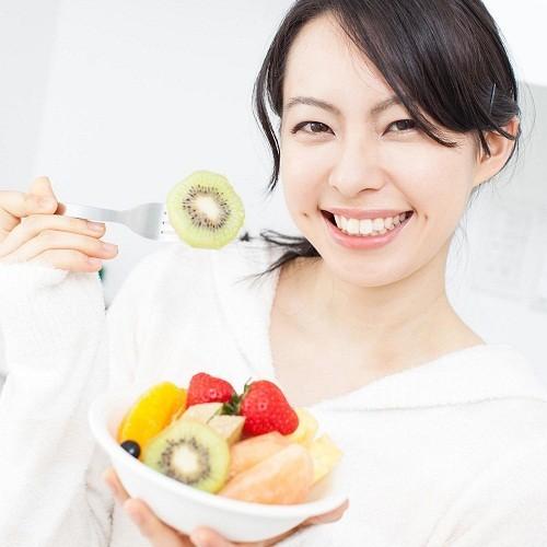 Ăn uống cân bằng, đủ dinh dưỡng và uống thuốc bổ sung chất sắt nếu có yêu cầu từ bác sĩ để thúc đẩy quá trình hồi phục.