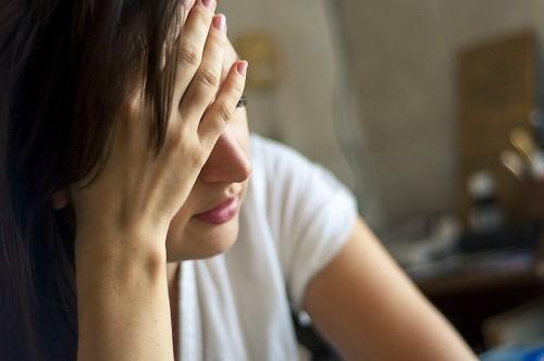 Trong khi sự chán nản, uể oải thường gắn liền với suy giáp, cường giáp lại gây ra sự mất tập trung.