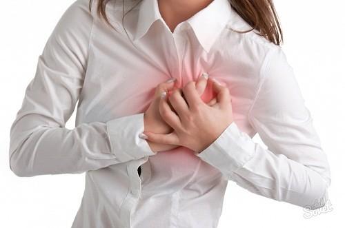 Suy giáp có thể khiến tim đập chậm, huyết áp cao, nồng độ cholesterol trong máu cao...