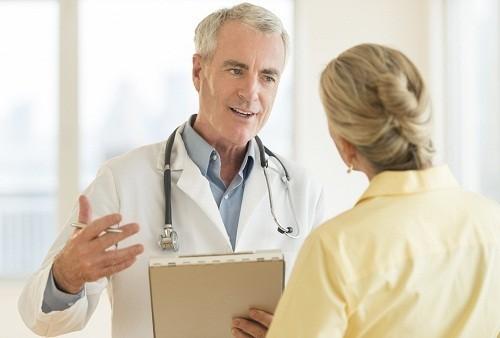 Sau mổ viêm xoang người bệnh mất khoảng vài tuần để phục hồi hoàn toàn.