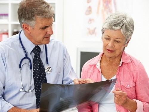 Bác sĩ sẽ thông báo kết quả và giải thích chi tiết cho người bệnh.