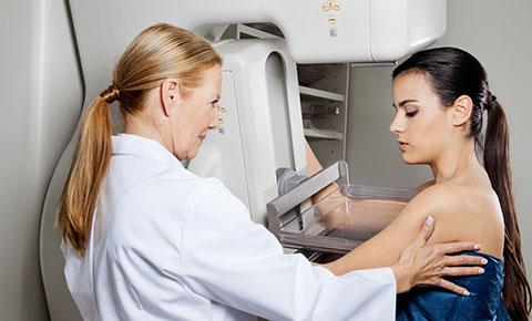 Phụ nữ có thai không nên chụp X-quang