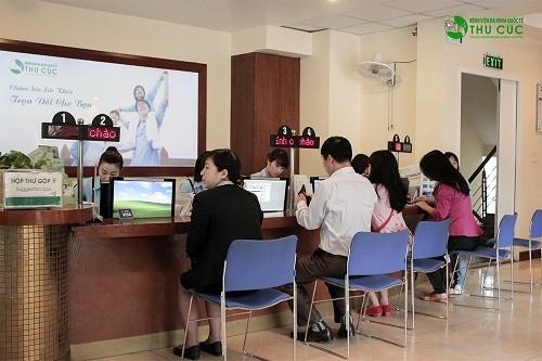 Với đội ngũ bác sĩ giỏi, trang thiết bị y tế hiện đại, Bệnh viện Đa khoa Quốc tế Thu Cúc đã trở thành địa chỉ tin cậy được nhiều người bị dài bao quy đầu lựa chọn để thăm khám và điều trị.