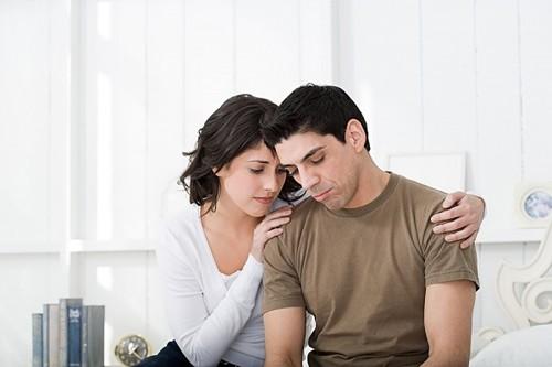 Thực tế nguyên nhân hiếm muộn do vợ và chồng là tương đương nhau.