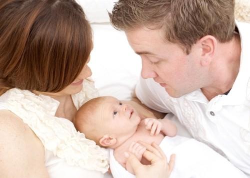 Khám vô sinh hiếm muộn giúp các cặp vợ chồng phát hiện các vấn đề không tốt cho sức khỏe sinh sản để sớm điều trị, tìm được hạnh phúc của mình