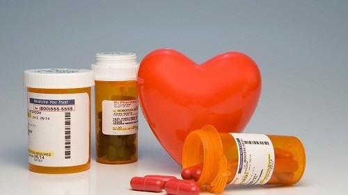 Điều trị nội khoa hay sử dụng thuốc là một trong những cách điều trị chính của các bệnh lý về tim mạch.