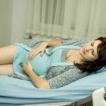 Chẩn đoán bệnh phụ khoa ở bà bầu qua màu sắc khí hư