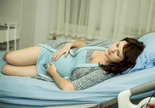 Chẩn đoán bệnh phụ khoa ở bà bầu qua màu sắc khí hư2