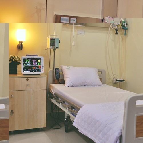 Hệ thống giường bệnh tiện nghi, hiện đại cùng sự chăm sóc chu đáo của đội ngũ nhân viên y tế sẽ giúp người bệnh nhanh chóng hồi phục.